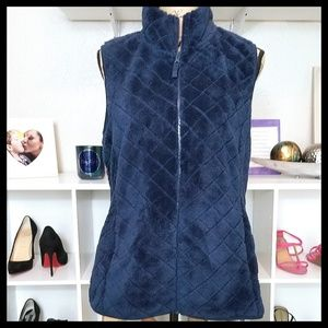Time And Tru Plush Quilted Zip-up Vest in Blue